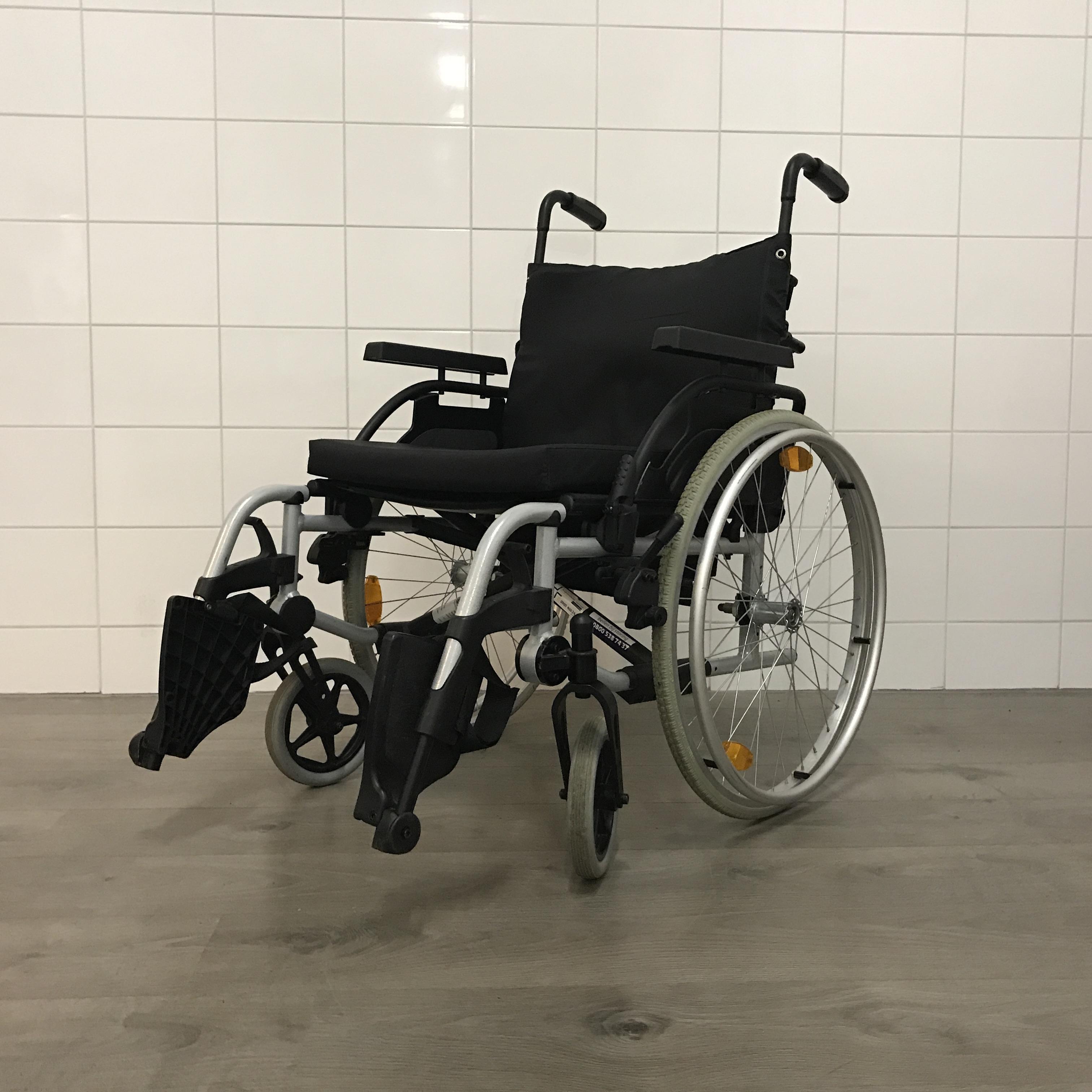 rolstoel basix